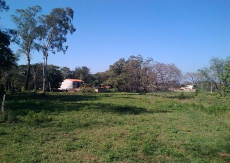Vendo Terreno De 1.490 M2 En Los Parques Del Yacht Y Golf Club.