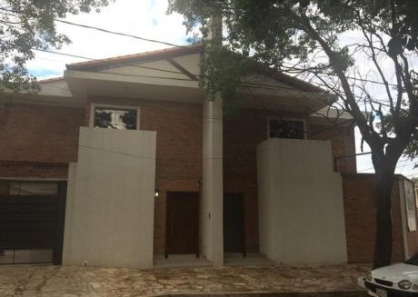Vendo Duplex Zona Venezuela Y EspaÑa Usd 225.000