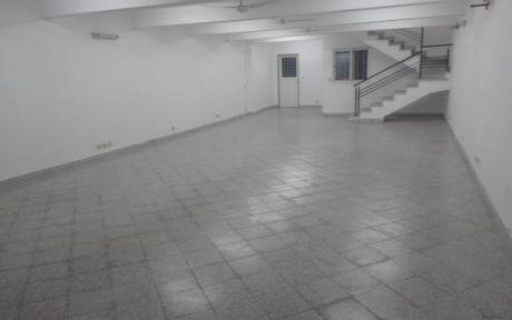 Amplio SalÓn De 6 X 15.con Entrepiso, CÉntrico, Zona Casa Parana.