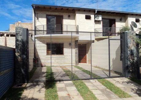 Un  Duplex Cerca Del Club Garden En Luque