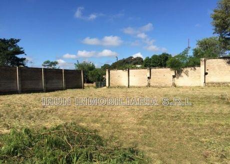 Vendo 3 Terrenos Amurallado Zona Semidei-loma Pyta