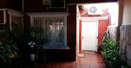 Vendo Amplia Casa En Villa Morra