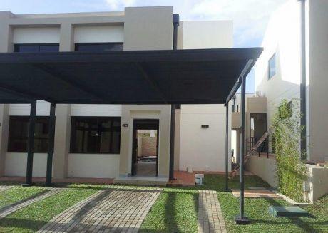 Alquilo Casa A Estrenar Dentro Del Nuevo Condominio Boulevard