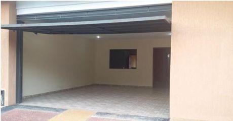 Alquilo Duplex  Con Patio De 3 Hab. En Fernando De La Mora Zona Norte