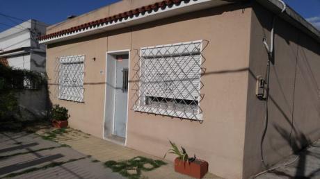 Buena Casa De 3 Dormitorios En MaroÑas
