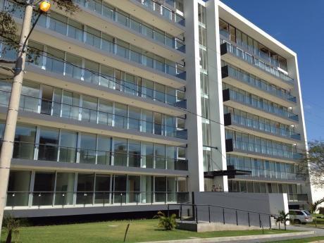 Departamento En Condominio Torres De La  Sierra
