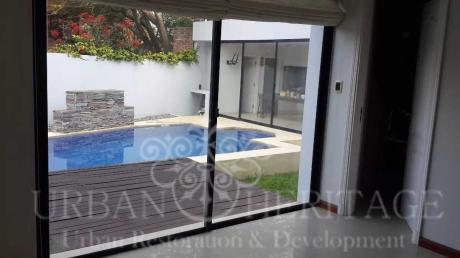 Carrasco Sur Modern 4 Bdrm Home With Pool & Bbq