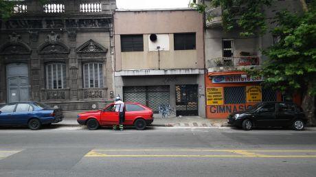 Avda. Gral. San Martin 2480