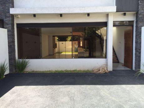 Duplex En Alquiler - Barrio Herrera