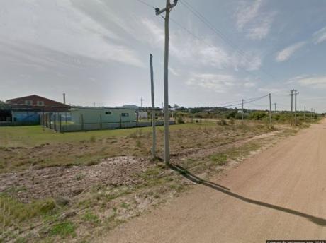 Venta De Terreno En Punta Negra.