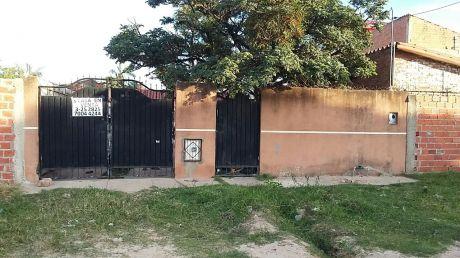 Casa Chalet En Venta En Zona Sur Los Lotes