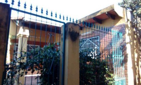 Oferta Casa Solo 160.000.000 De 3 Dormitorios Zona 3 Bocas – Acceso Sur