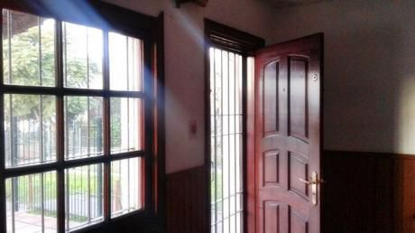 Villa Colon - Casa 2 Dormitorios Y Cochera Para 2 Automóviles