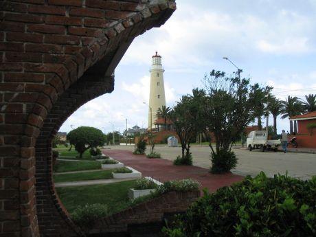 Península, Zona Del Faro De Punta Del Este