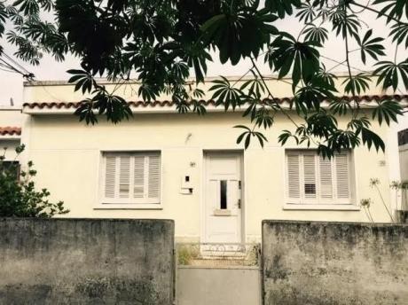 Dos Casas En Un Mismo Padron, Prox A Reyes Y Comandiyu, Si Banco