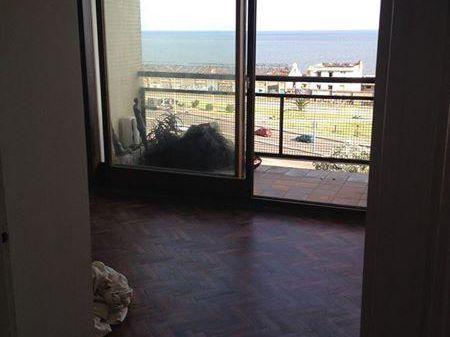 Apartamento 2 Dormitorios En Palermo, Montevideo