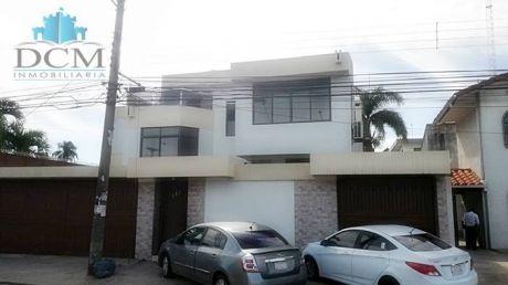 Casa En Venta Sobre La  Av.beni