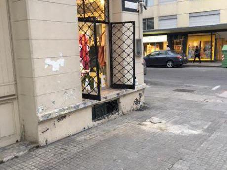 Traspaso Local Comercial En El Corazón De Pocitos