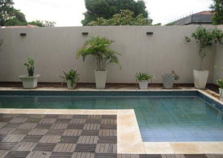 Fina Residencia Con 3 Dormitorios En Suite Barrio Villa Morra