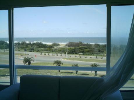 Primera Fila Con Hermosa Vista Al Mar