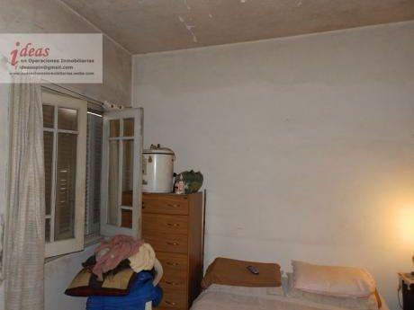Casa 2 Dormitorios, Sobre General Flores, Maroñas