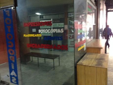 Local Comercial En Alquiler Galería Frente A Facultad Derecho