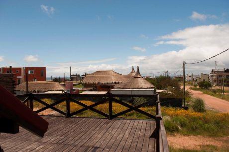 Cabaña En Punta Del Diablo, Rocha