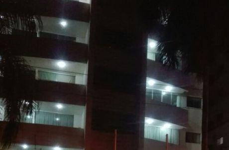 Vendo Espectacular Departamento En Condominio, Ubicado Zona Avenida Irala