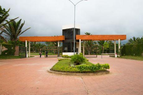 Terreno Condominio Floresta Del Urubo
