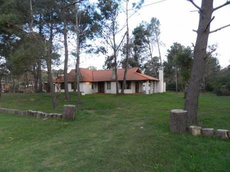 Chalet En Venta En Punta Colorada.
