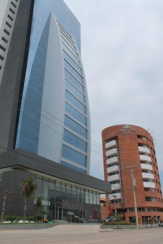 Local Comercial En Alquiler  4to Anillo Entre Av. San Martin Y Canal Isuto