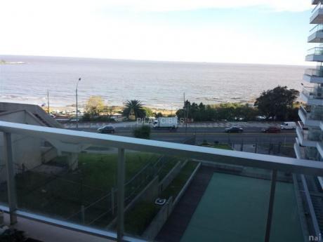 Con Vista Al Mar!!!! Se Alquila Con Muebles.