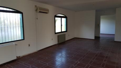 Casa En Carrasco Ideal Empresa