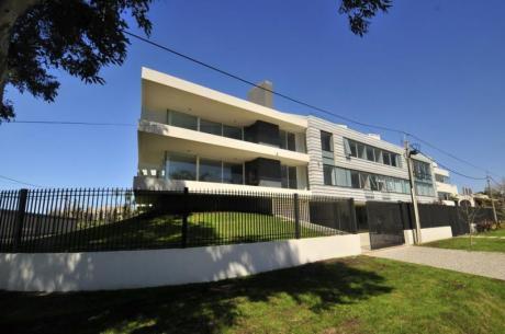 Apartamento 3 Dormitorios En Carrasco