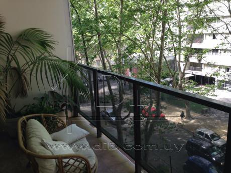 Apartamento Venta Pocitos Tres Dormnitorios Con Renta!!!