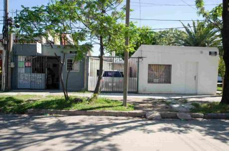 2 Casas Más Local - Imperdible Oportunidad.