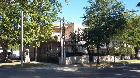Casa Para Empresa, Instituto, Clinica.