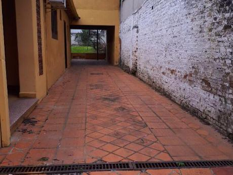 Vendo Casa Antigua En El Barrio Seminario