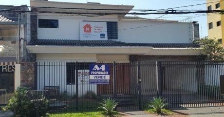 Residencia En Barrio Carmelitas