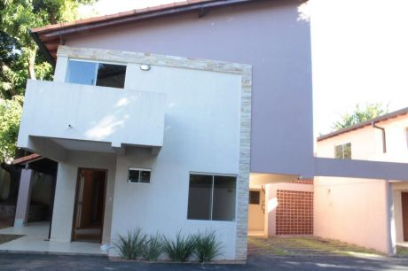 Duplex En Lambare Gs. 3.500.000