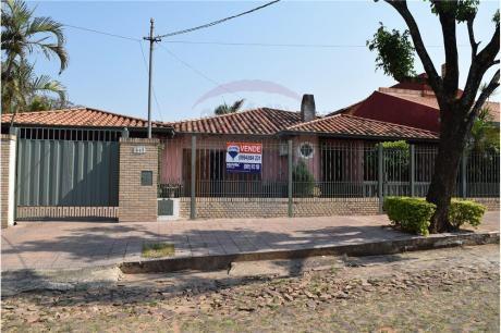 Hermosa Residencia A 2 Cuadras De Rca Argentina