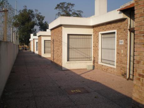 Carrasco Norte,  En Conjunto De Casas, 1 Planta.