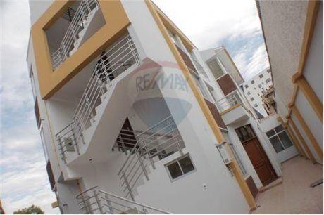 Apartamentos En Muyurina