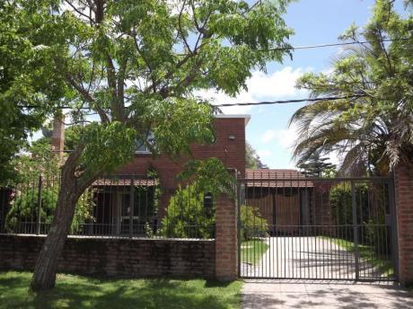 Hermosa Casa En Solymar
