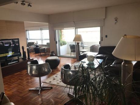 Excelente Planta En Punta Carretas, 3 Suites, Servicio Completo, 2 Garages, Loft