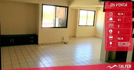 Departamento De Dos Pisos De 91 M² En Pleno Centro En $us. 65.000 DÓlares.