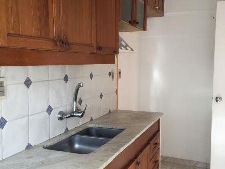 Precioso Apartamento De 2 Dorm 60 M2