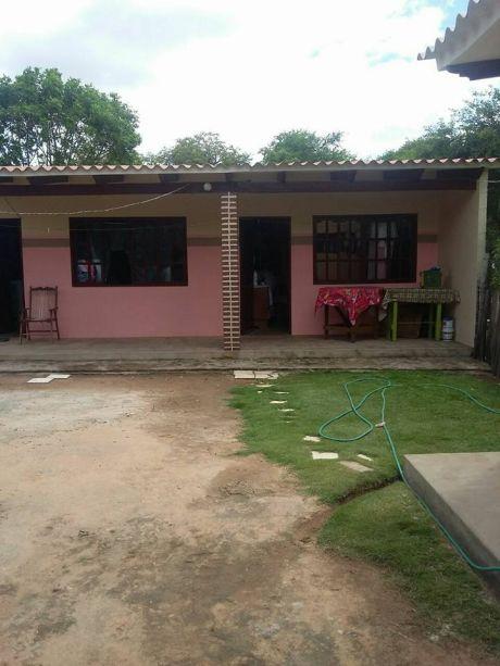 Sencilla Casa  Por Av.virgen De Lujan
