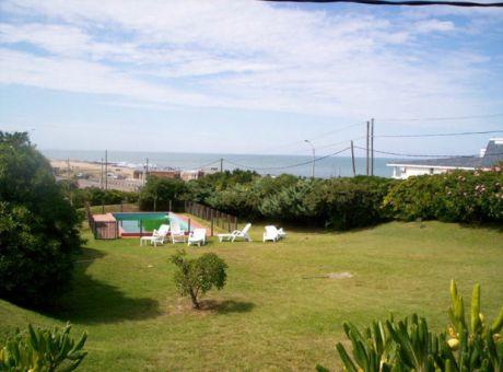 Increible Casa En Montoya Con Vista Al Mar Y Gran Jardín