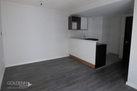 Departamentos De Un Dormitorio En Edificio Premium A Metros Del Mar.